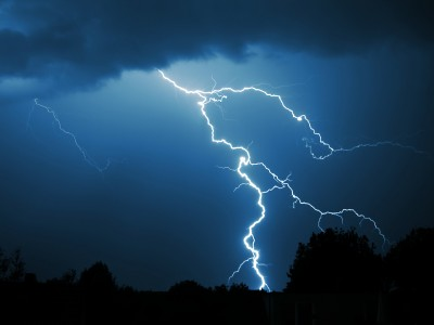 lightning-storm-400x300